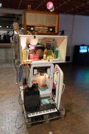 Ausstellungsexponat der Ausstellung über Untergrundmusik in der Akademie der Künste