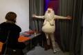 Free hugs: Daniel Chluba | der/die/das Weihnachtsmännin